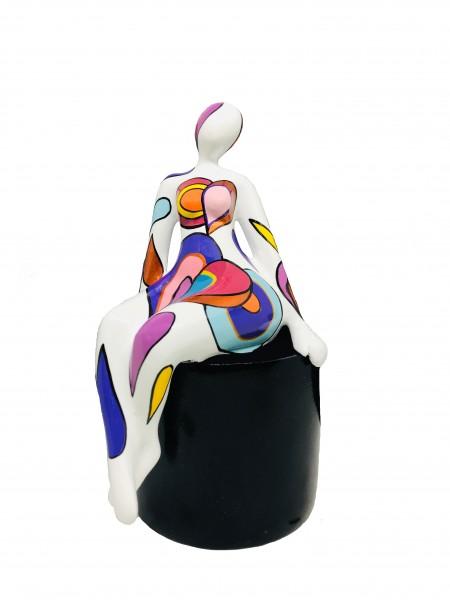 Lady Eva sitting on black Base 18x12cm white Color B